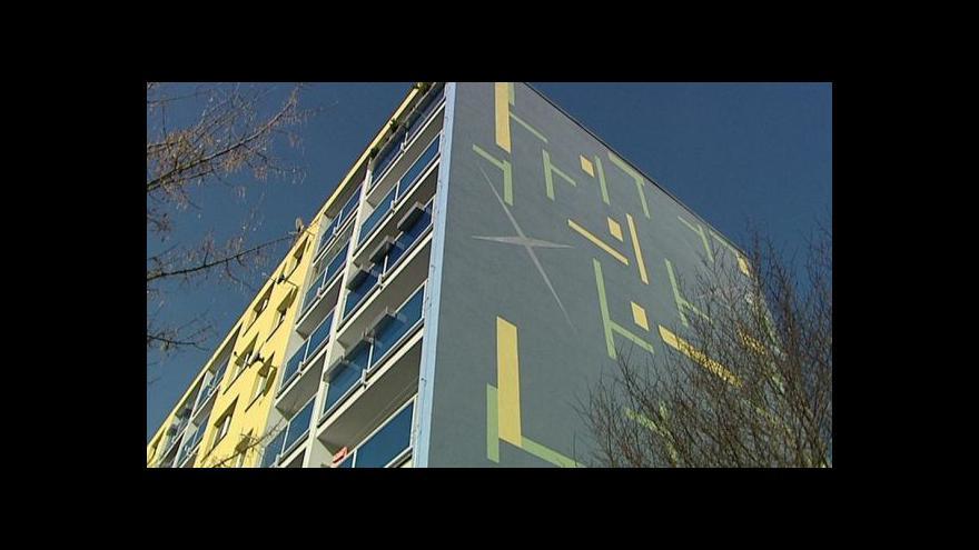 Video Z Metropole: Komunitní panelák v Hodkovičkách