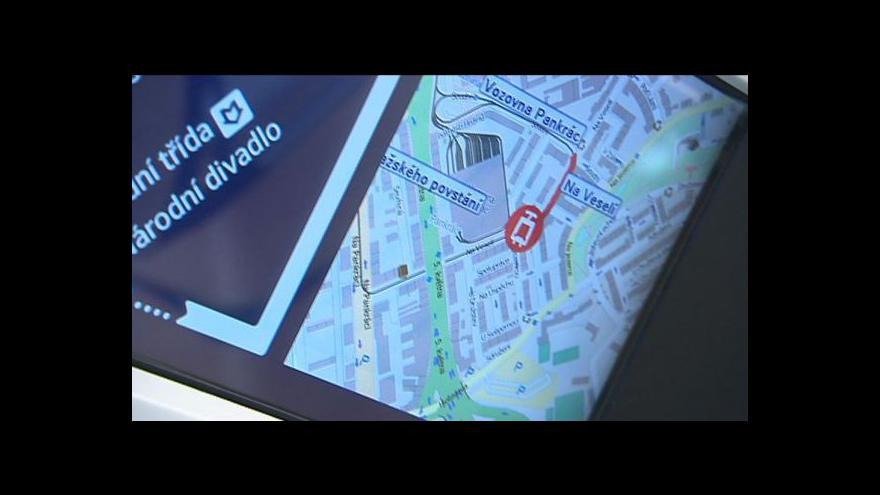 Video Prahou začaly jezdit chytré tramvaje