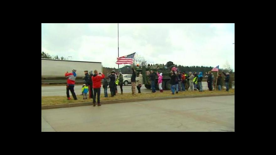 Video Průjezd konvoje hraničním přechodem Rozvadov