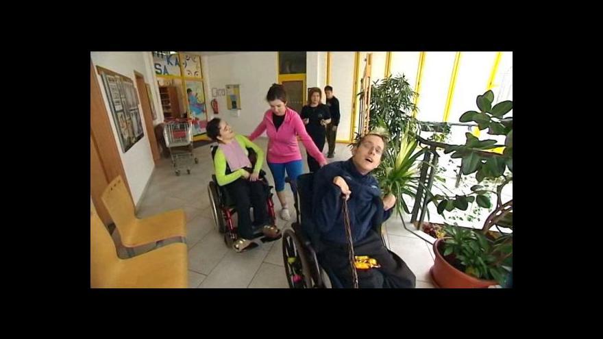 Video V Ostravě je nedostatek zařízení pro autisty
