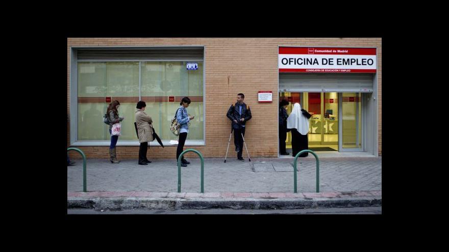 Video Španělsko se zvedá ze dna, šrámy ale zůstávají