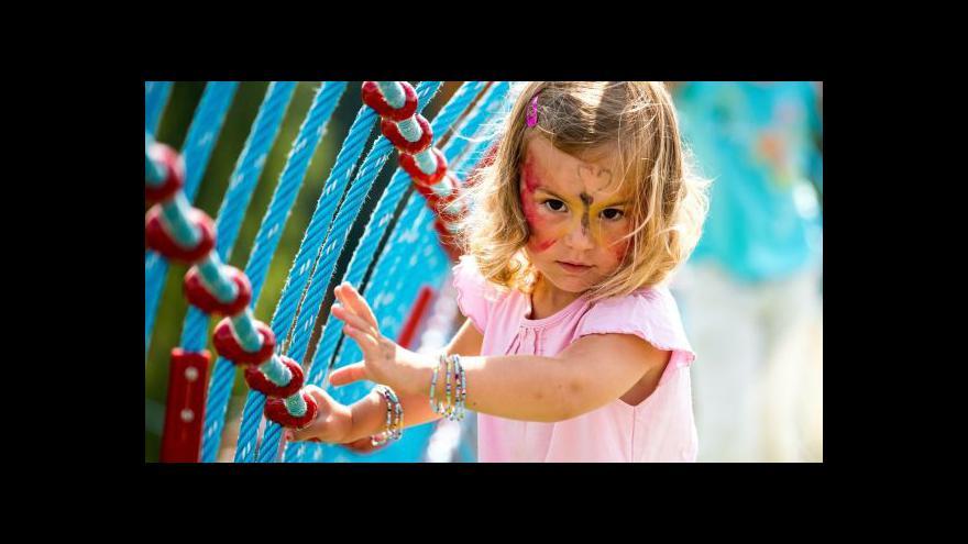 Video Události: Dětská hřiště mohou být nebezpečná
