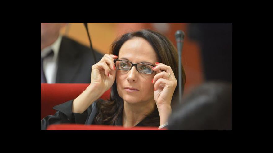 Video Opozičním zastupitelům se nepodařilo odvolat primátorku