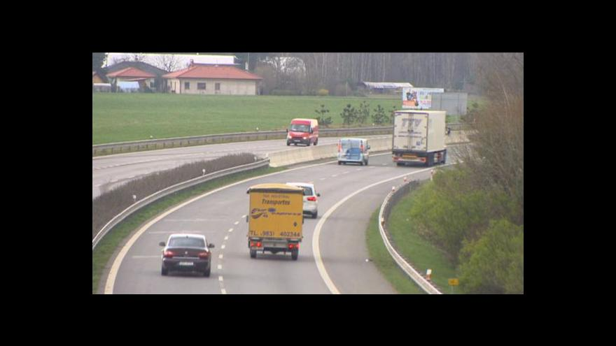 Video Vyšší rychlost mezi Hradcem Králové a Pardubicemi