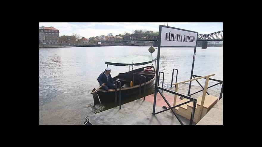 Video V Praze se chystá další veřejná náplavka - na Smíchově