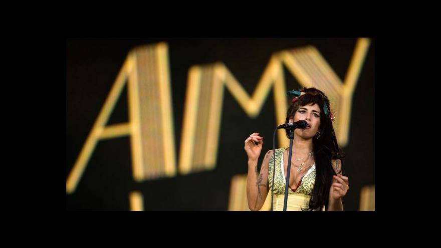 Video Otec Amy Winehouse nesouhlasí s filmem o dceři