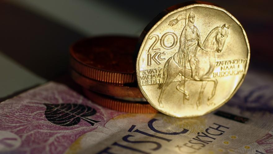 Video Ekonomika ČT24: Odpovídá zvýšení o 700 hospodářskému růstu?