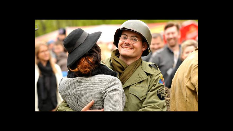 Video Jako před 70 lety: Historičtí nadšenci oživují vzpomínky