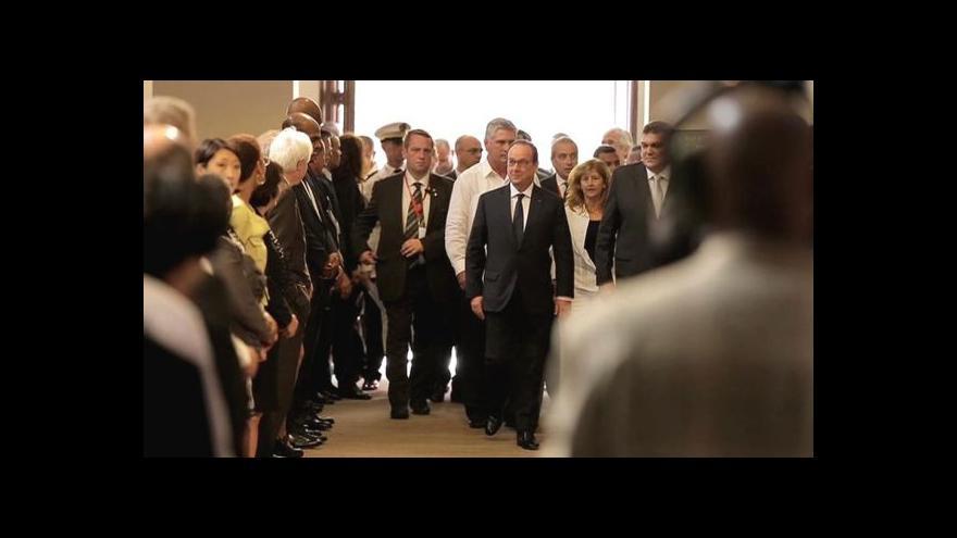 Video Hollande v Havaně prošlapával cestu evropským kolegům