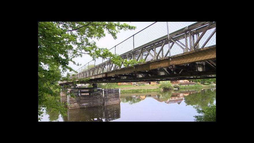Video Most v Kuněticích pamatuje válku a bude sloužit dál