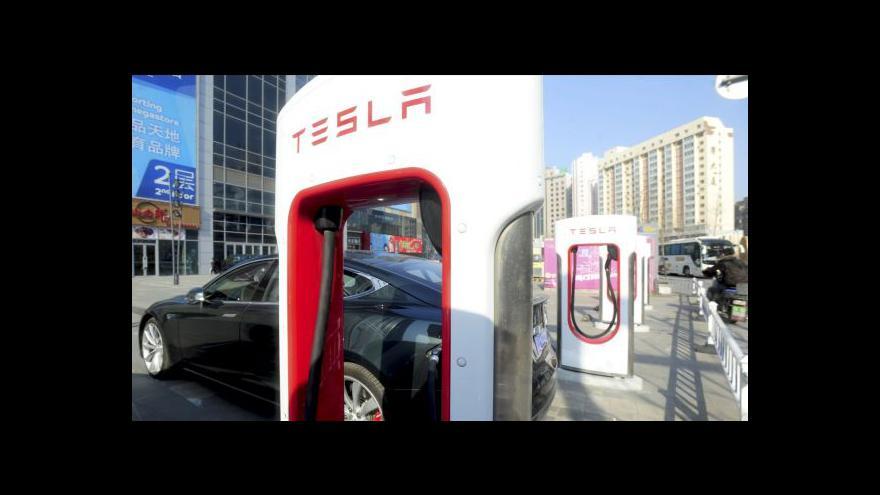 Video Mládek láká do Česka výrobce elektromobilů Tesla