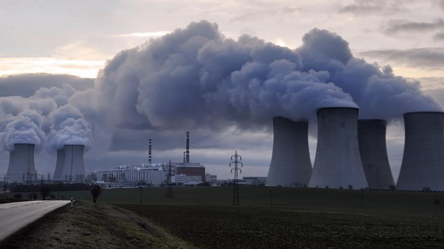 Video Poradce v energetice Pavel Stehlík k prodloužení životnosti Dukovan