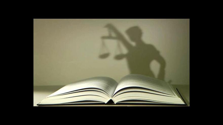 Video Události, komentáře: Tahanice o advokáty pohledem politiků