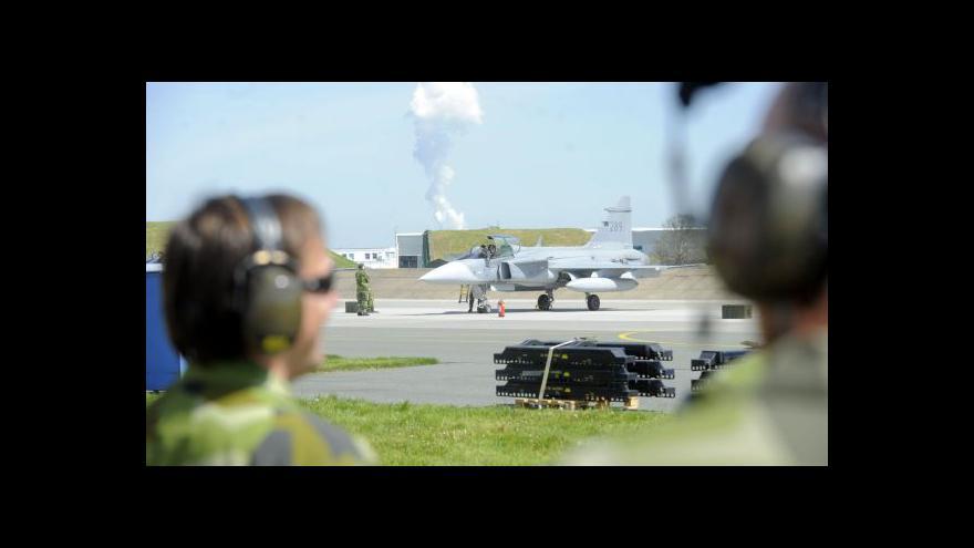 Video Bývalý pilot gripenu: Dráha v Čáslavi je dostatečně dlouhá