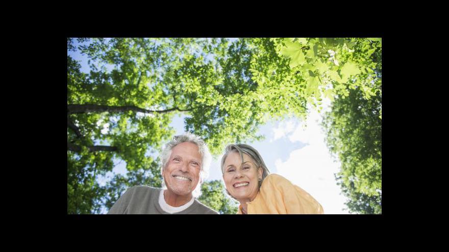 Video Vystrčil: Výhodné je začít spořit na důchod brzy