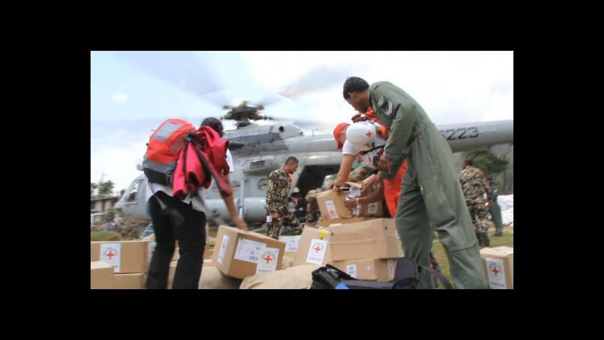 Video Nepál po zemětřesení: Všude vládne organizovaný chaos