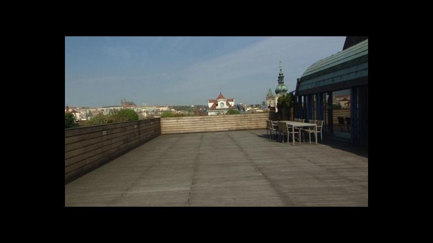 Video Z metropole: Terasy obchodních domů