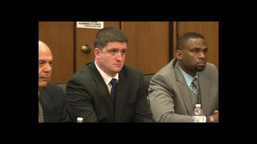 Video V rozsudku je uvedeno, že Brelo nevystřelil unáhleně