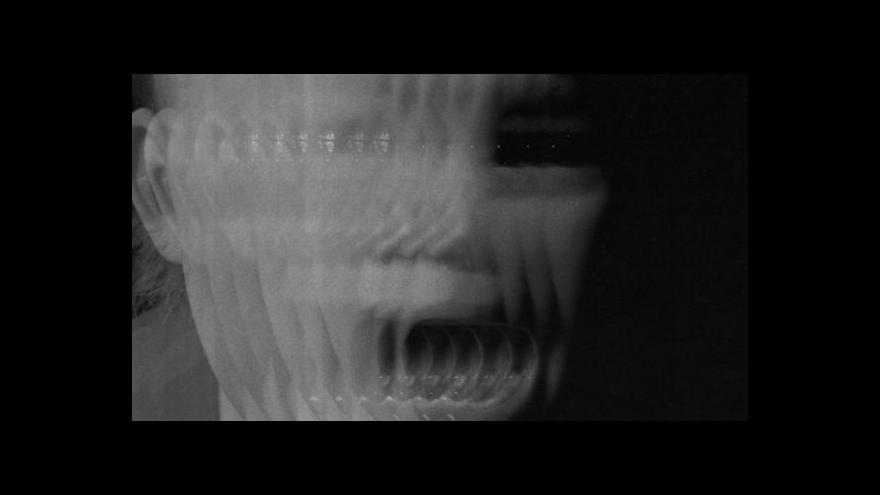 Video Roger Hiorns v Rudolfinu