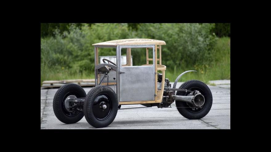Video Kopřivnická firma vyrábí repliku tříkolky Tatra 49