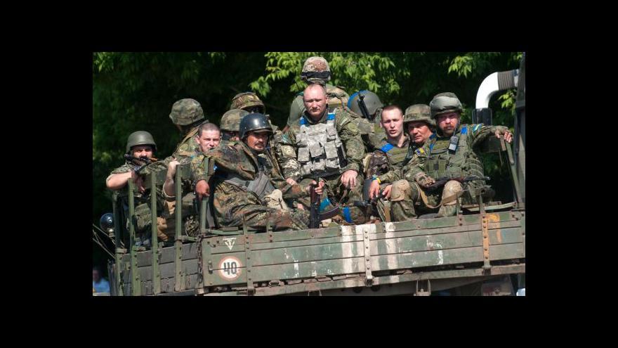 Video Porošenko: Ukrajina čelí hrozbě nové ofenzivy