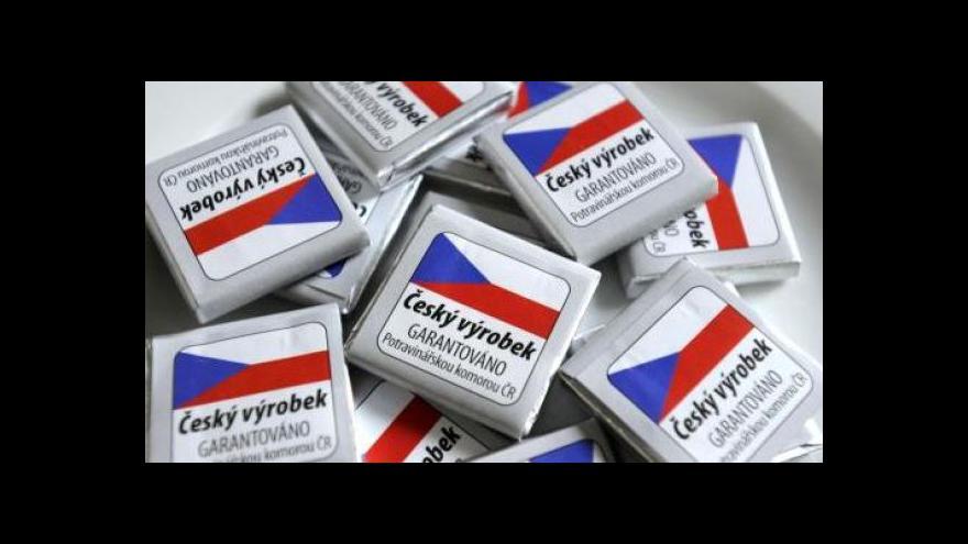 Video Regál s českou vlaječkou ještě neznamená český výrobek