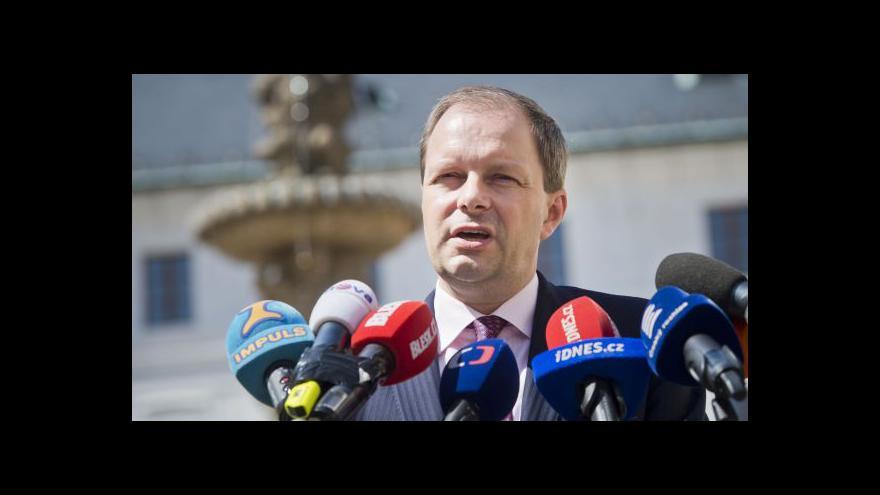 Video Marcel Chládek prezidenta o své odvolání sám požádal