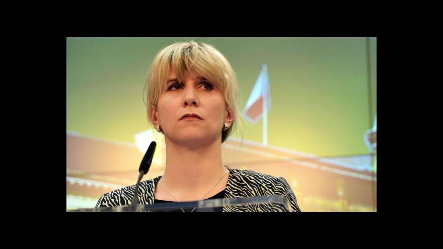 Video Ovčáček: Prezident odvolal z funkce Chládka