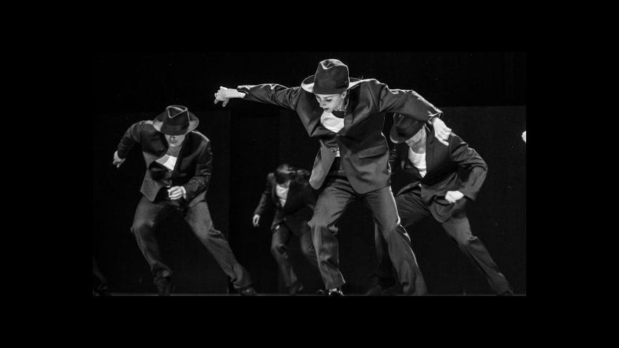 Video Národní divadlo nastudovalo choreografii Ohada Naharina