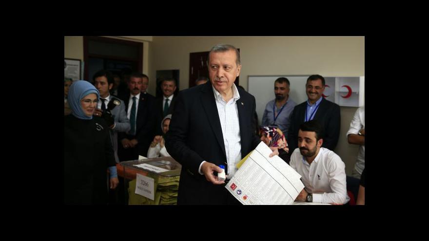 Video Události: Turecké volby tvrdou ranou pro Erdogana