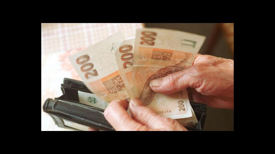 Video Události: Vláda zatím neví, o kolik důchody porostou