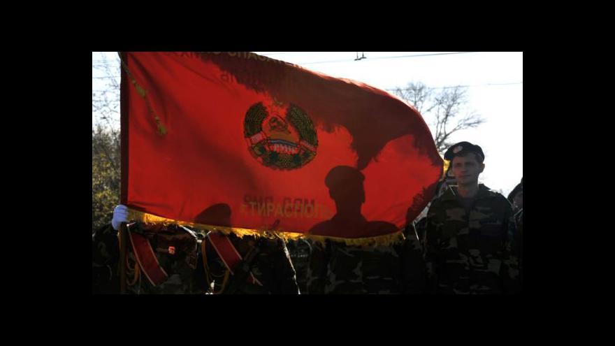 Video Separatisté navrhují ústavu: Jsme autonomní, ale přesto součást Ukrajiny