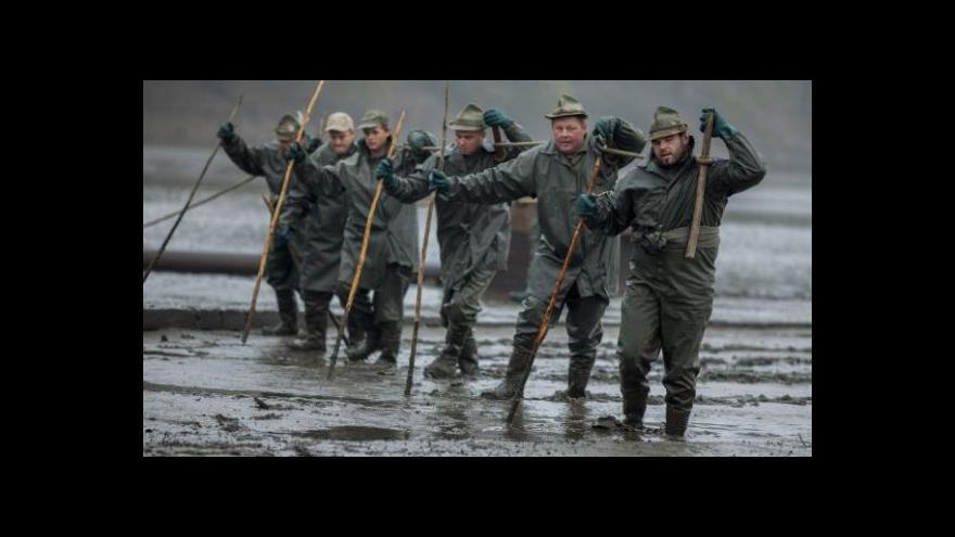Video Brusel pošle českým rybářům až miliardu korun
