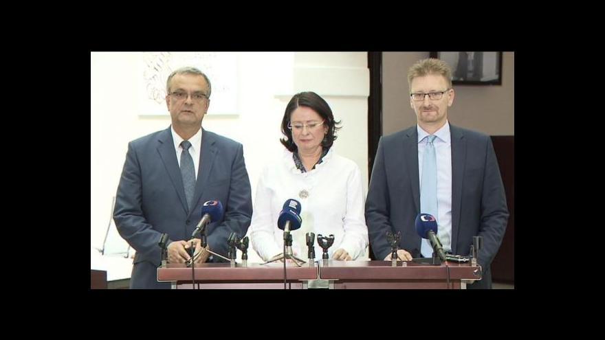 Video Zástupci opozice o mimořádné schůzi sněmovny k uprchlíkům