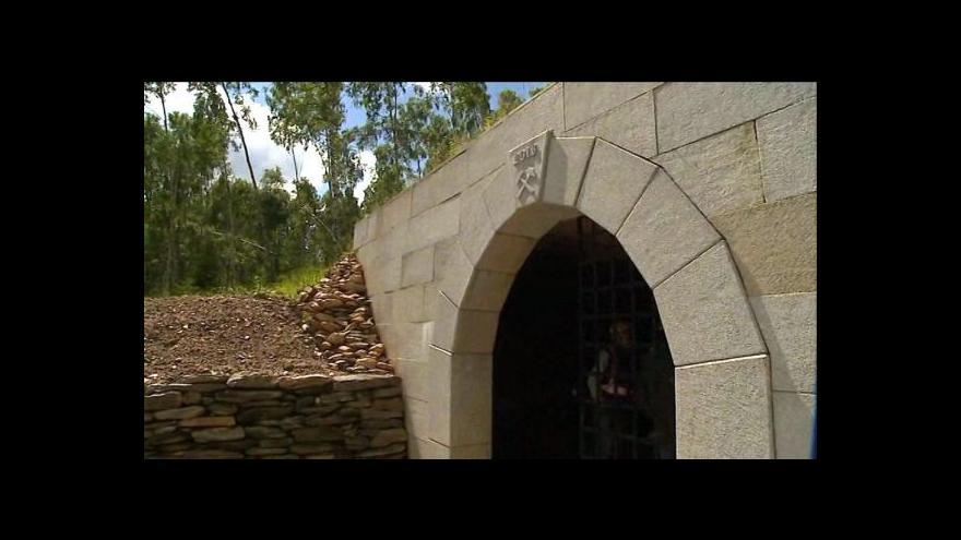 Video Zlaté hory otevírají labyrint štoly