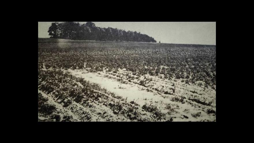 Video Historik: Pazúr obcházel národní výbory a ptal se po Němcích