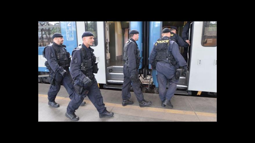 Video Česko zpřísnilo kontroly na hranicích