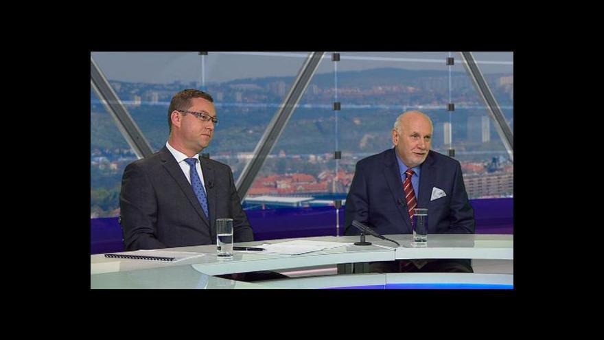 Video Pavel Zeman a Pavel Rychetský hosty Otázek Václava Moravce