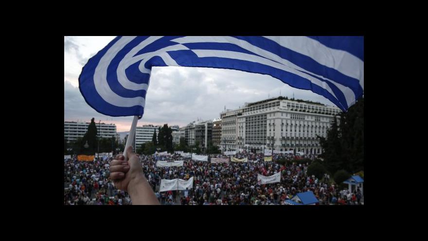 Video Karakeva: Tisíce lidí demonstrují za setrvání Řecka v eurozóně