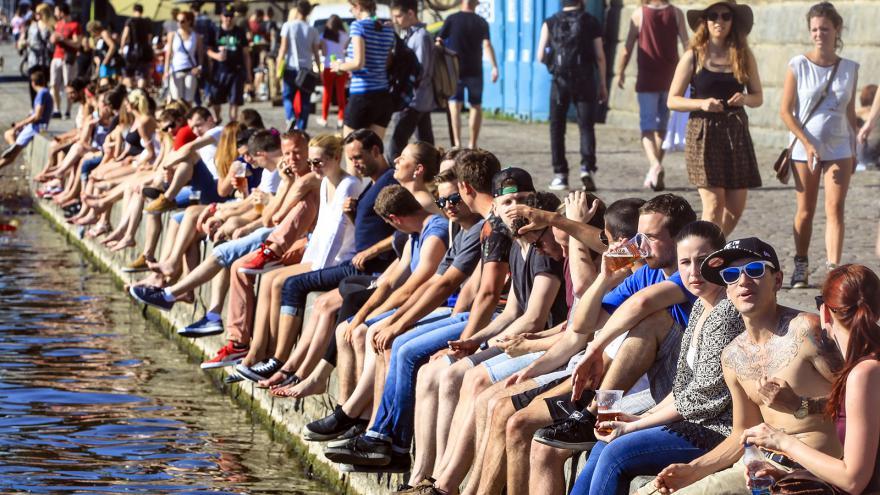 Video Vltavské náplavky nově