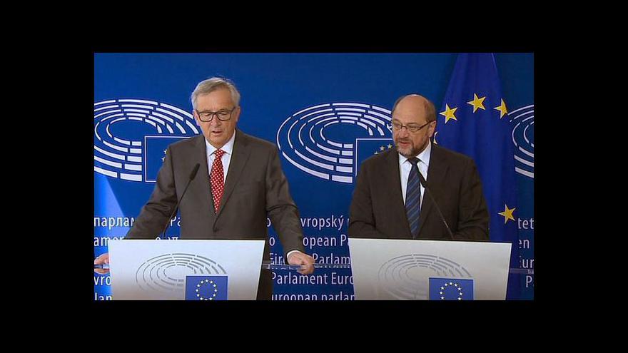 Video Brífink po jednání Junckera se Schulzem