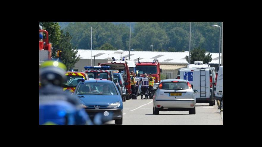 Video Události: Plynové zásobníky prorazili teroristé autem