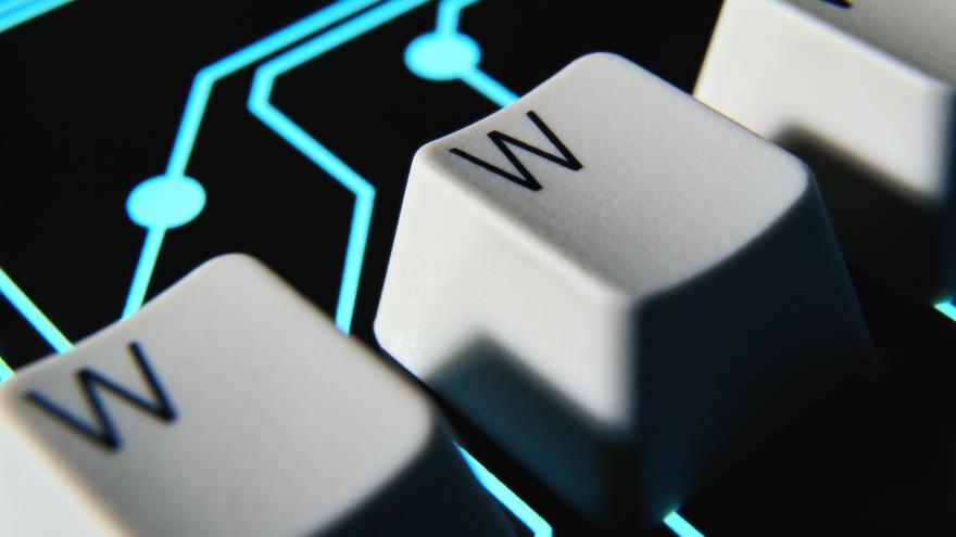 Video Bezpečnostní analytik Jan Schneider: Ochrana dat může spolupráci trochu omezit
