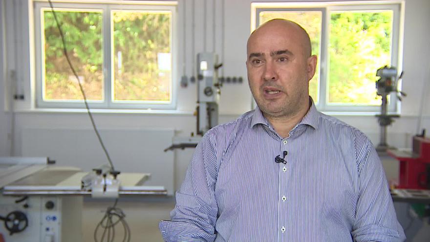 Video O laboratoři hovoří vedoucí výzkumného centra Petr Horáček