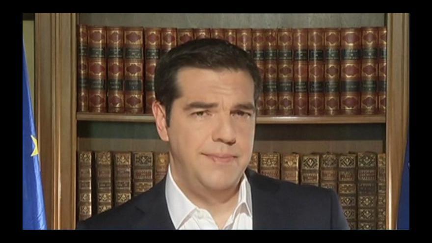 Video Tsiprasův vzlaz je jasný: Hlasujte NE věřitelským návrhům