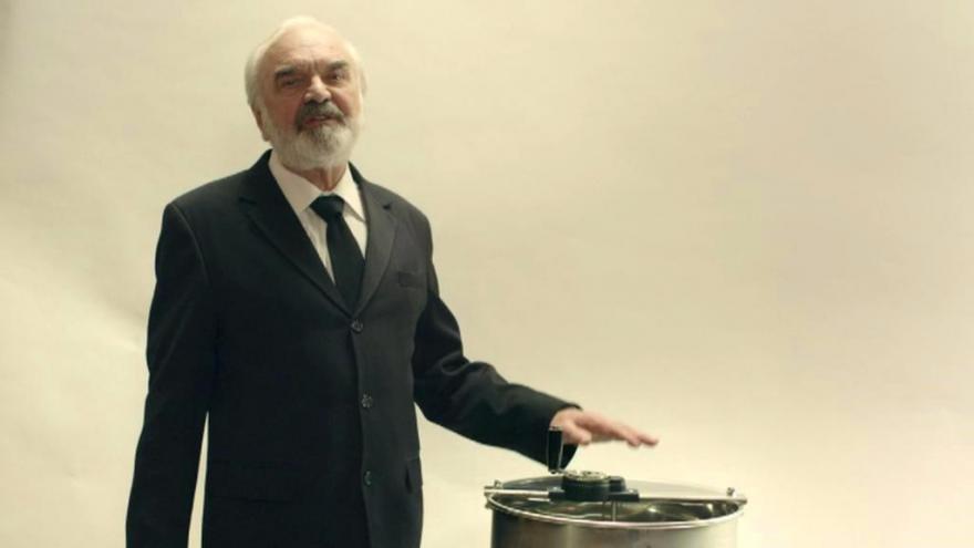 Video Videoklip se Zdeňkem Svěrákem ke 150. výročí vzniku medometu