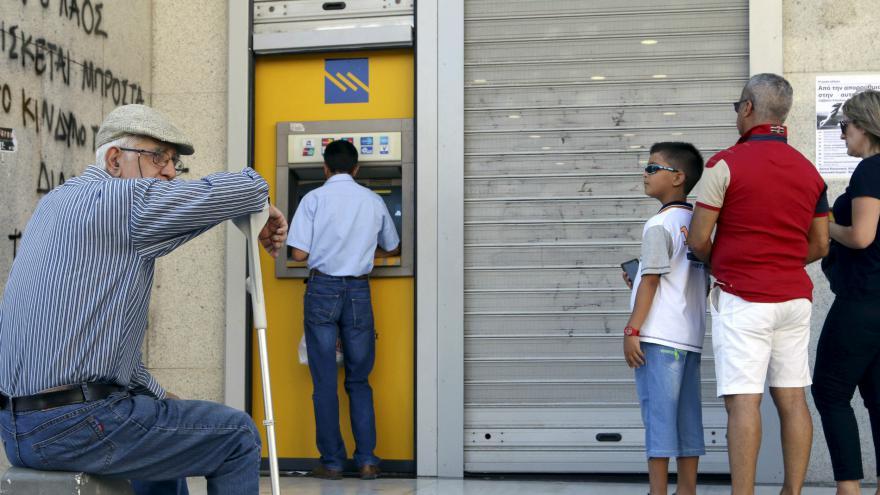 Video Řecko prý plánuje uspořit 12 miliard eur