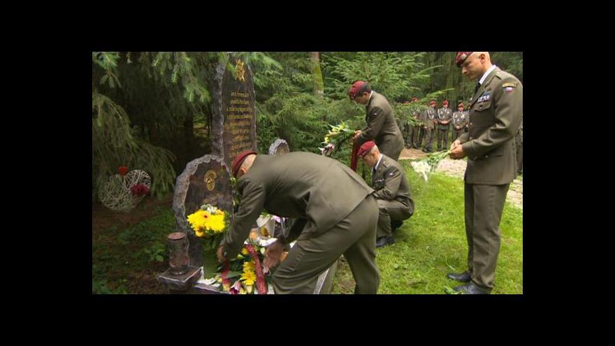 Video UDÁLOSTI V REGIONECH: Na padlé vzpomněli i doma ve východních Čechách