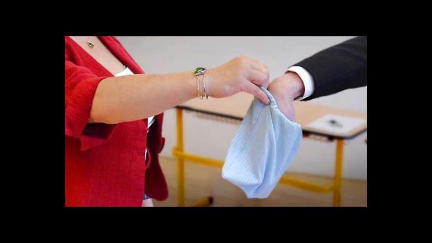 Video 175 studentů uspělo u maturit s odvoláním