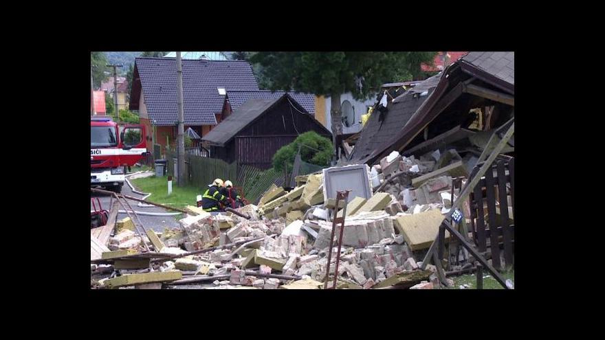 Video Ani po roce není jasné, co zapříčinilo výbuch plynu v Jílovém